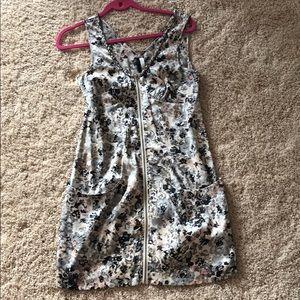 Beautiful printed zipper dress